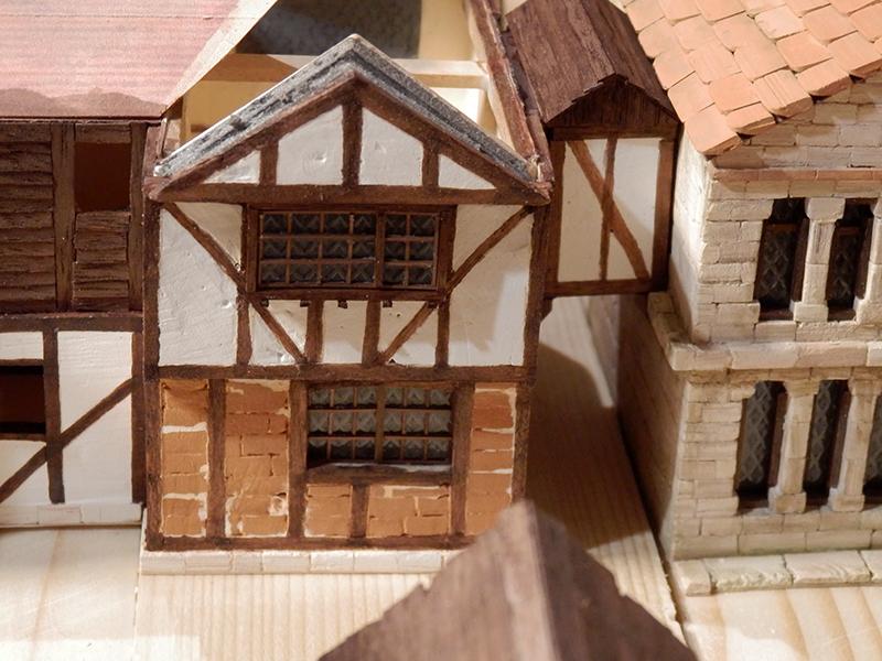 Village médiéval fortifié (1) - Page 36 Pc060021