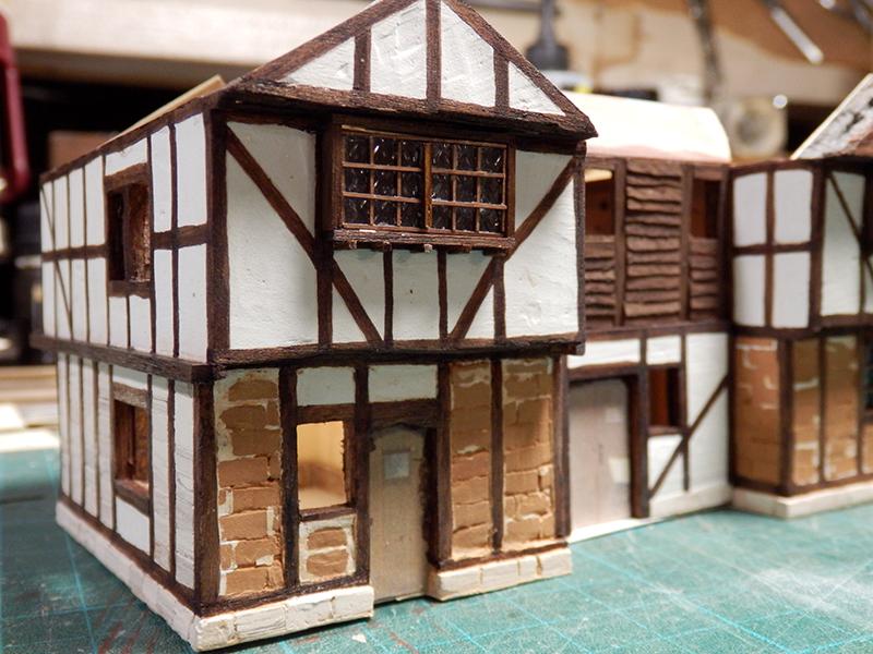 Village médiéval fortifié (1) - Page 36 Pc060028