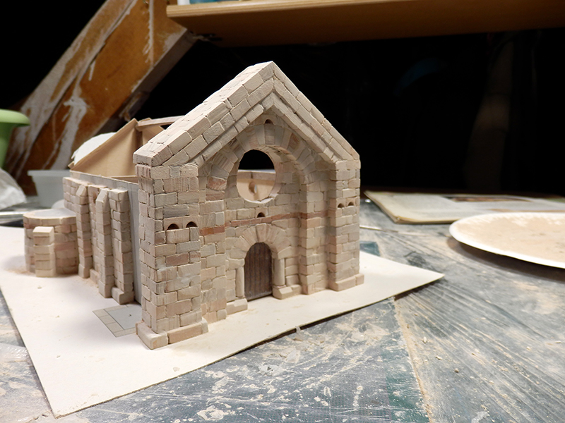 Village médiéval fortifié (1) - Page 3 Pc080011