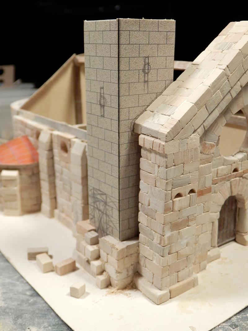 Village médiéval fortifié (1) - Page 3 Pc120012