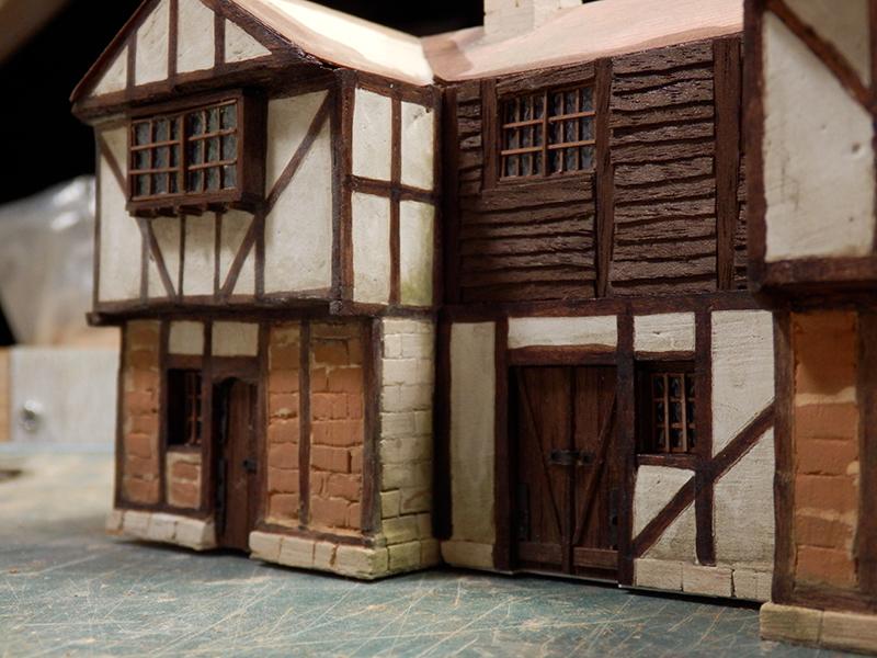 Village médiéval fortifié (1) - Page 36 Pc120018