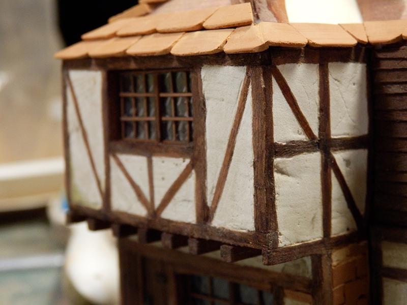 Village médiéval fortifié (1) - Page 36 Pc120024