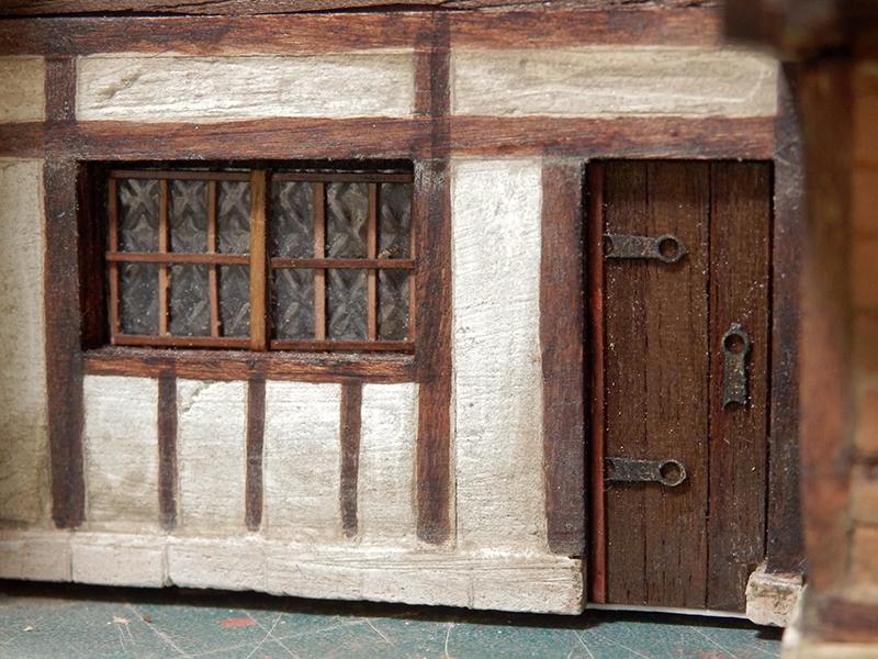 Village médiéval fortifié (1) - Page 36 Pc120025