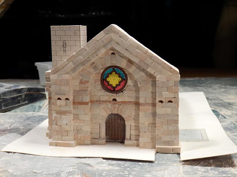Village médiéval fortifié (1) - Page 4 Pc150013
