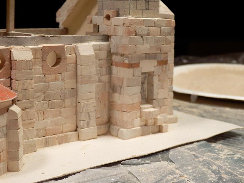 Village médiéval fortifié (1) - Page 4 Pc150017