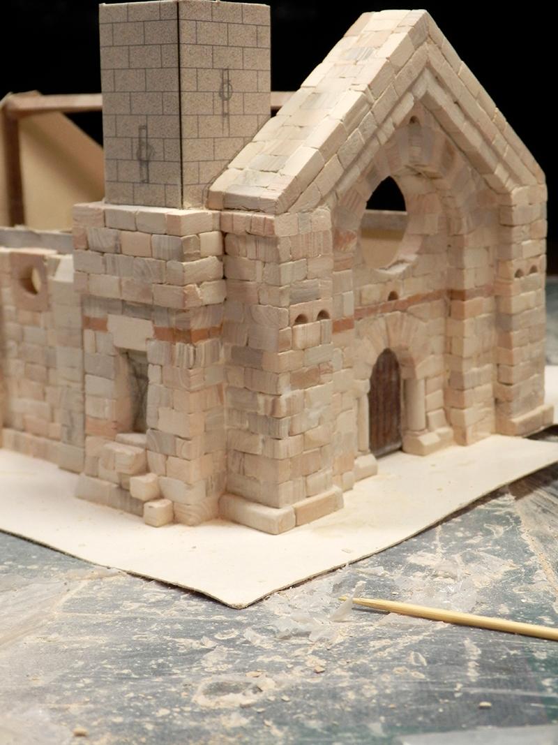Village médiéval fortifié (1) - Page 4 Pc150018