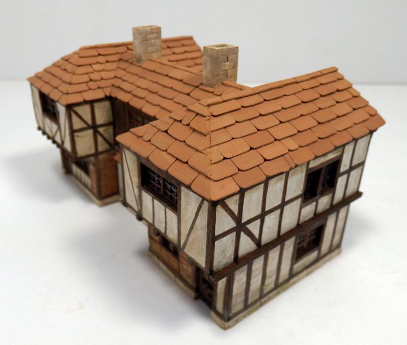 Village médiéval fortifié 14è- bastide - éch1:87 Pc190045