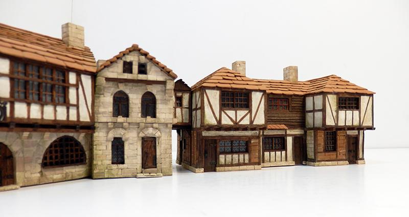 Village médiéval fortifié 14è- bastide - éch1:87 Pc190052