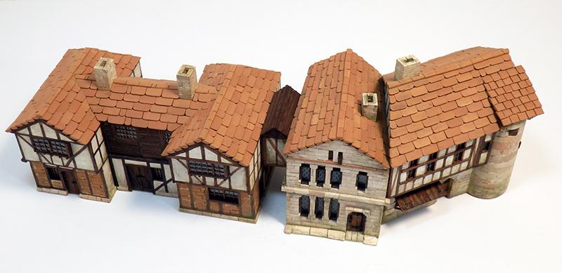 Village médiéval fortifié 14è- bastide - éch1:87 Pc190054