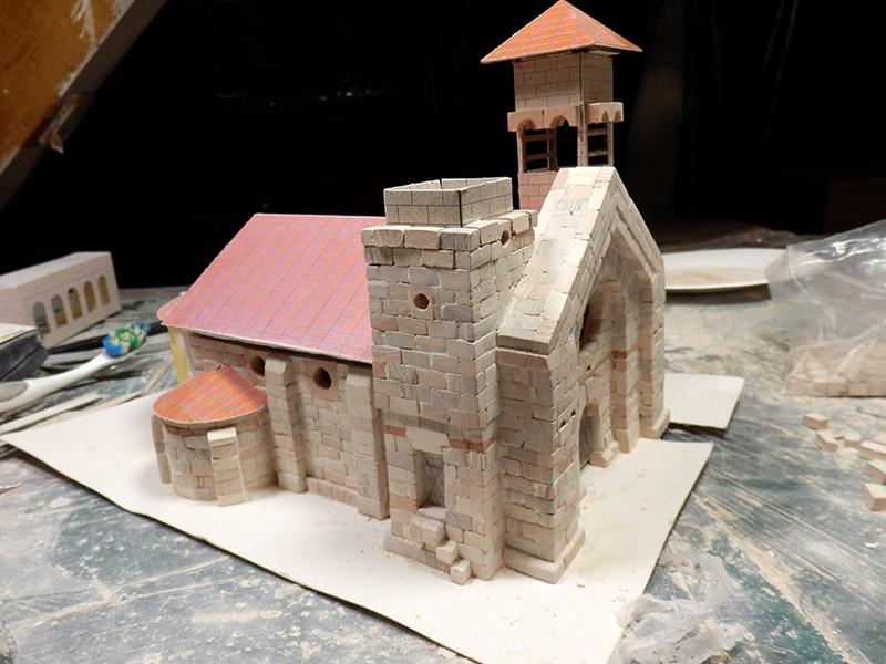 Village médiéval fortifié (1) - Page 4 Pc220022