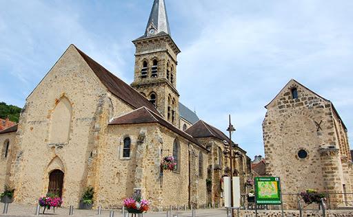 Village médiéval fortifié - Page 7 Unname10