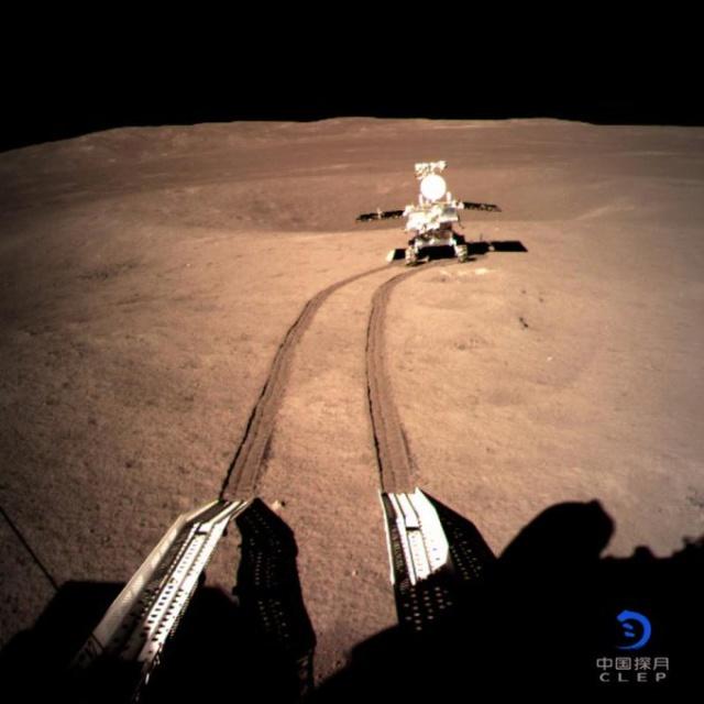 La Chine réussi un alunissage sur le face cachée de la lune Dwefvb10