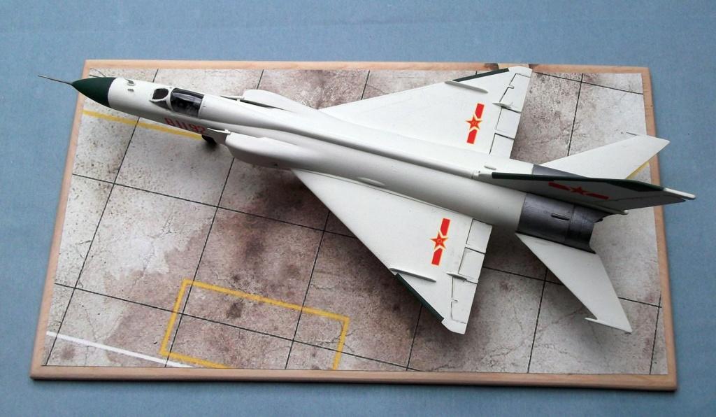 F8 Finback - Trumpeter - 1/72 Dscf8012