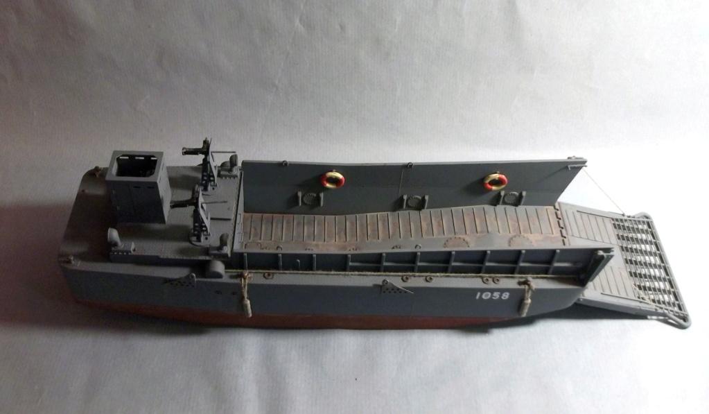 Barge LCM - HobbyBoss - 1/48 Dscf8210