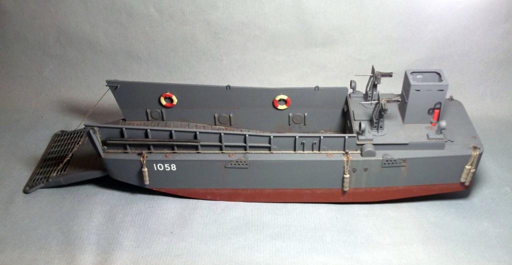 Barge LCM - HobbyBoss - 1/48 Dscf8211