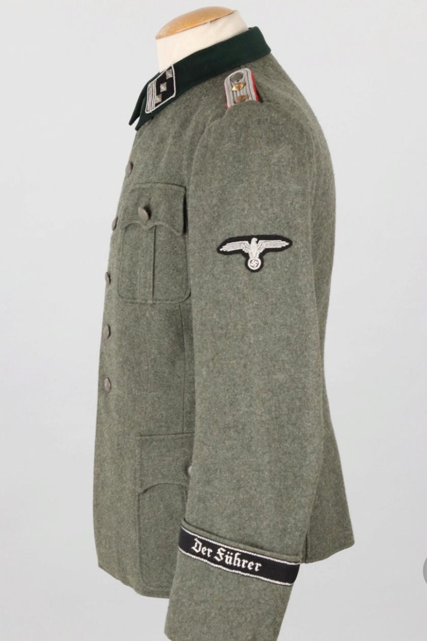 Vareuse felbuse officier Waffen SS régiment Der Führer  20190310