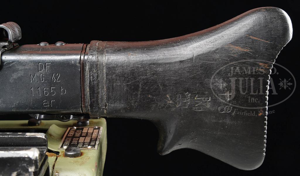 Une Comparaison de marquages du comment du pourquoi sur une arme a l'autre.. 52939a10