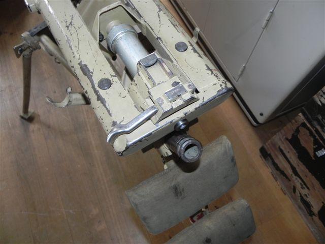 2. Lafette pour MG 42 Dscn1923