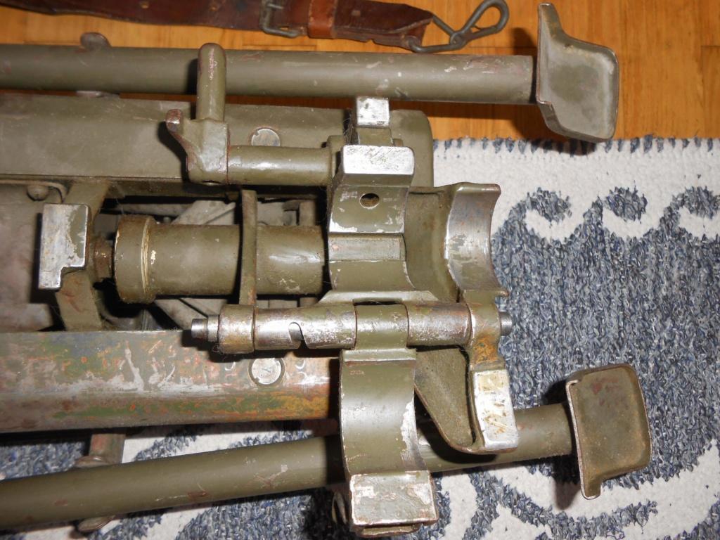 Lafette MG 34 besoin de votre aide.  Receiv11