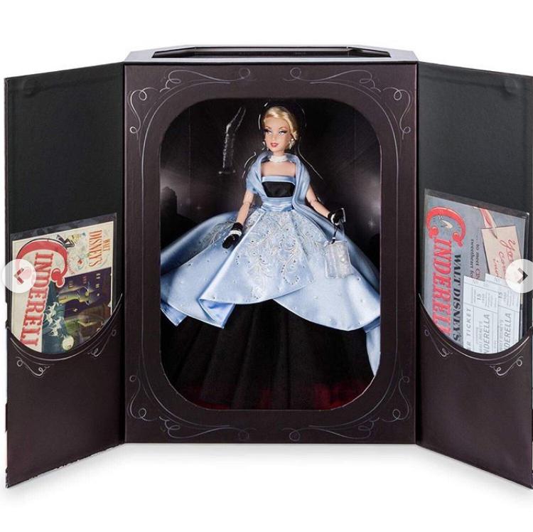 Disney Designer Collection - Premiere Series Captur21