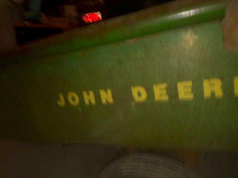 Restauration presque finie d'un JD 100 + remorque 80 de 1975 80-01-12