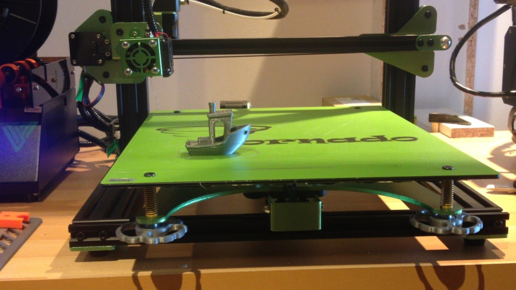 Ma nouvelle imprimante pour imprimer en grand: la tevo tornado Tornad10