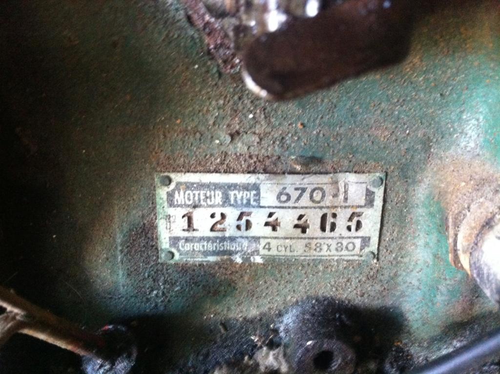 Restauration de la 4CV 1950 111