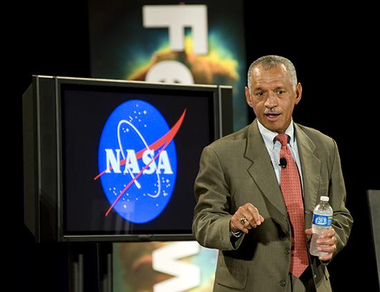 LO DICE EL JEFE DE LA NASA... Jefe-n10
