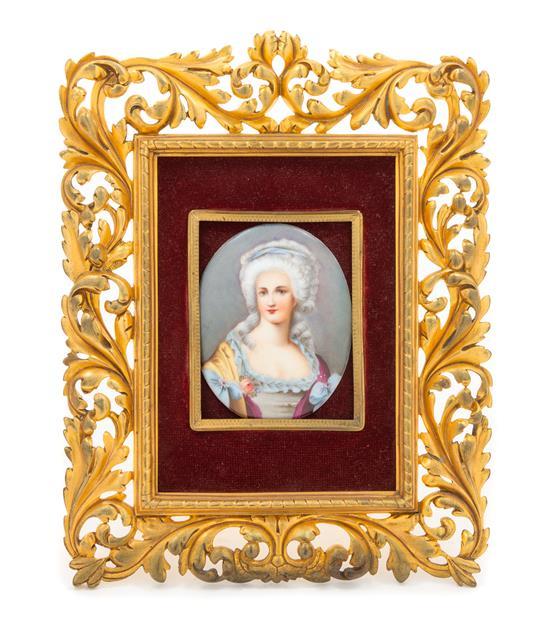 A vendre: miniatures de Marie Antoinette? - Page 7 Zneige10