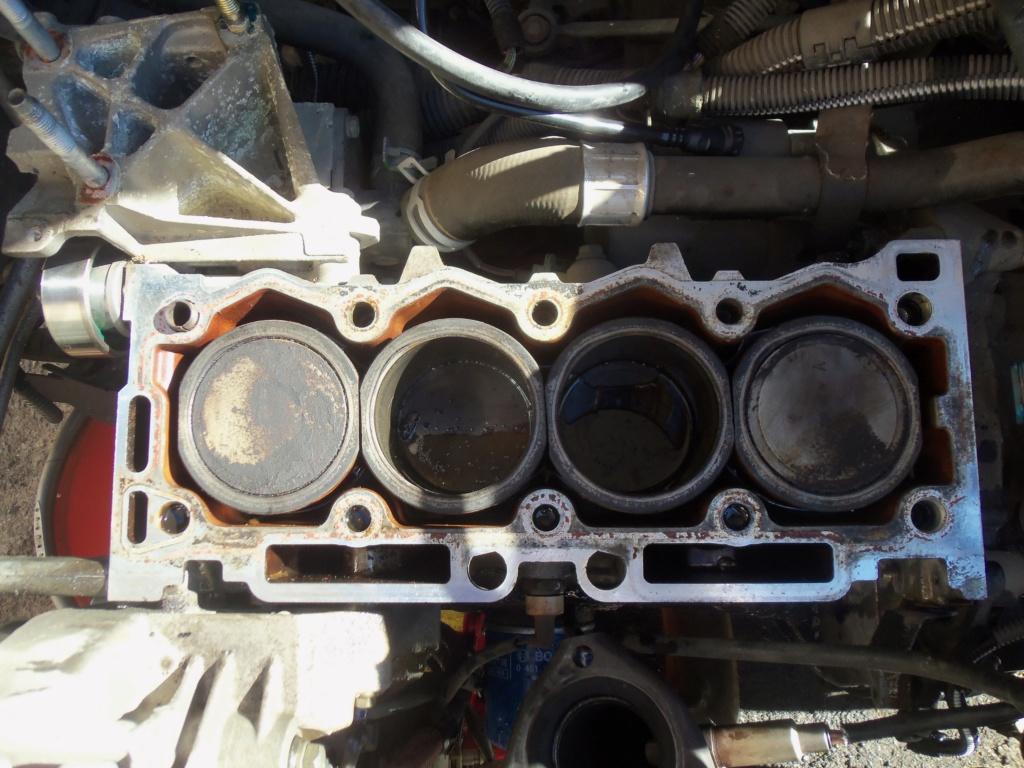 fuite huile moteur peugeot 206 1.1 essence 100_4112