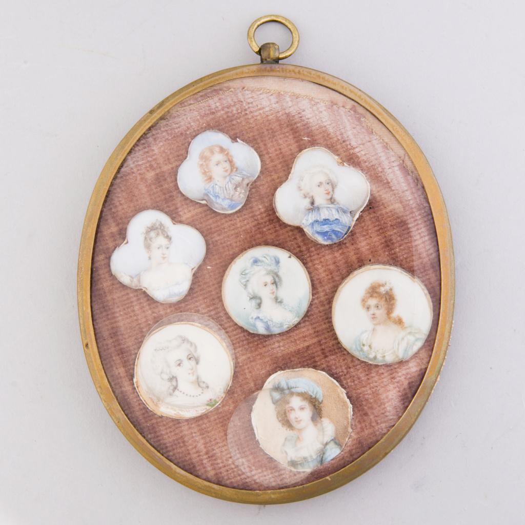 A vendre: miniatures de Marie Antoinette et de ses proches - Page 14 11394110