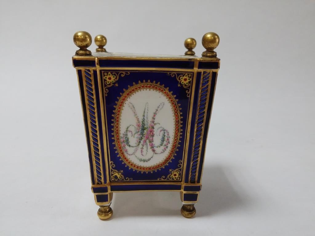 A vendre: meubles et objets divers XVIIIe et Marie Antoinette - Page 8 15373412