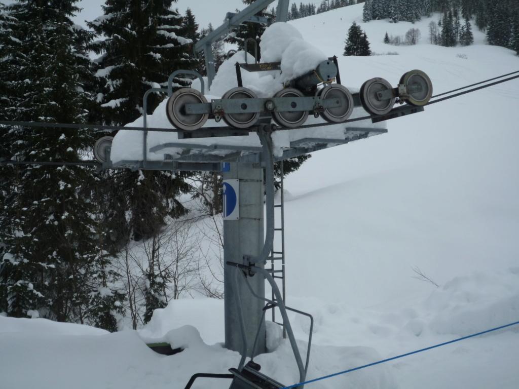 Télésiège à Attaches Fixes (TSF2) de Kasbilch P1060017