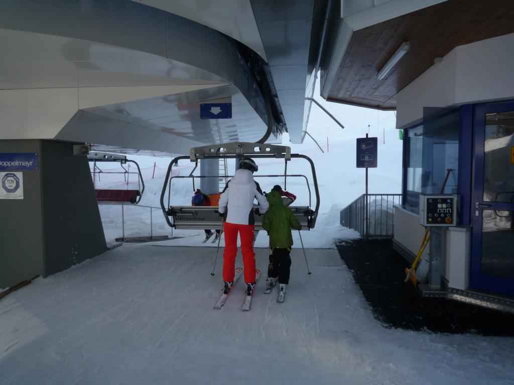 Télésiège à Attaches Débrayables 6 places (TSD6) Tanzboden P1060084