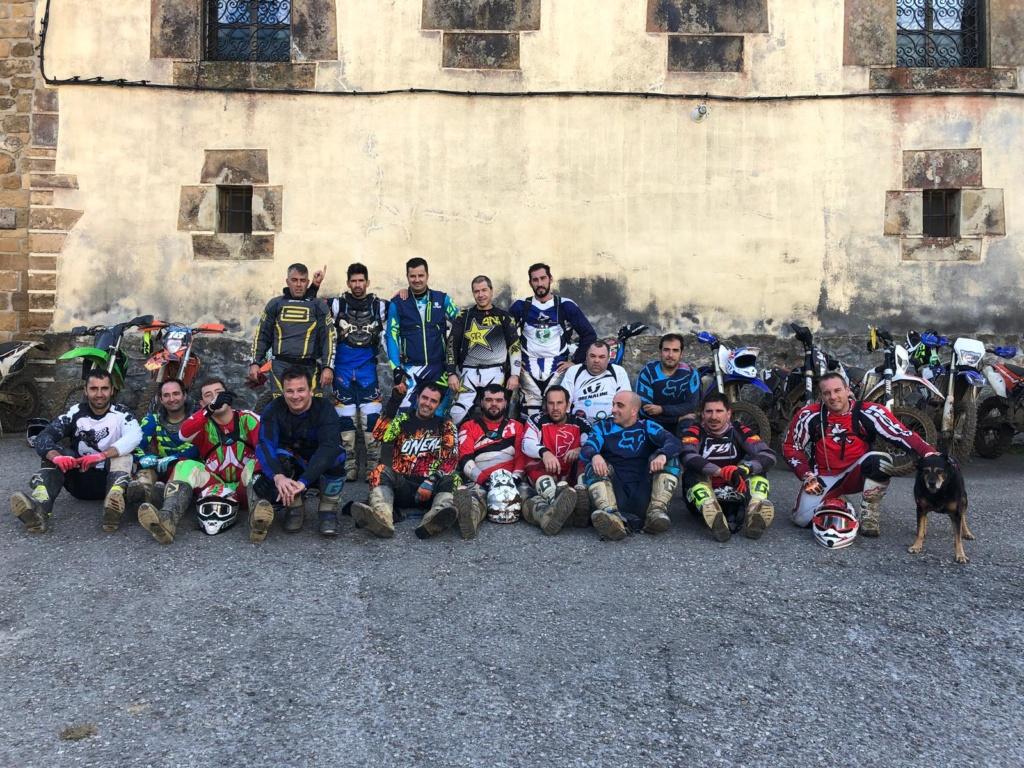 Presentación y buscando grupo para salir en Málaga  14b53910