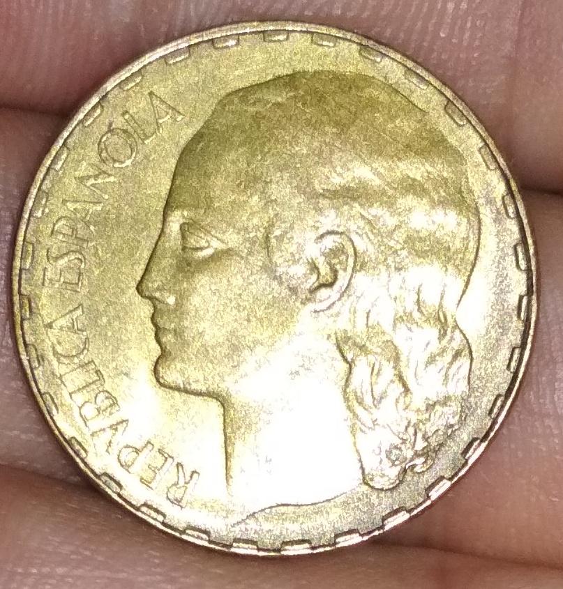 25 céntimos y 1 peseta de 1937 Img_2012
