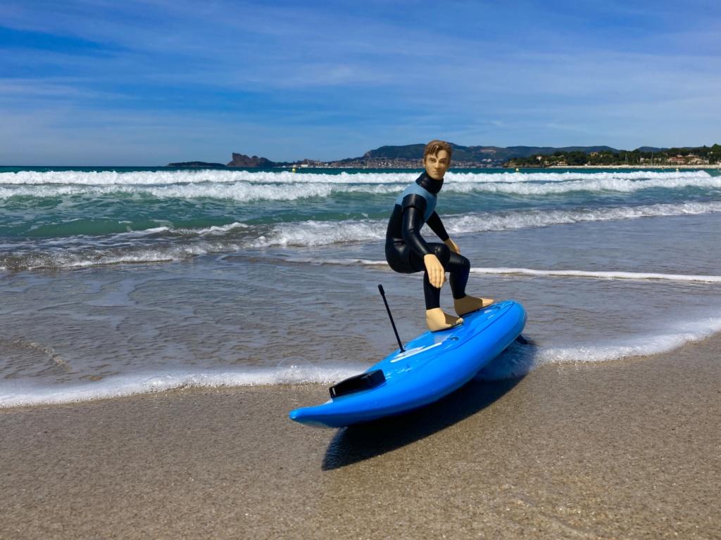 Du fun dans les vagues. Img_2410