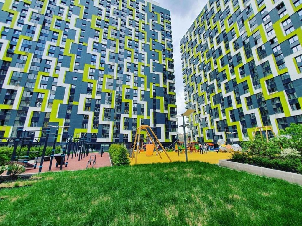 """Изображения ЖК """"Летний сад"""" (визуализации фасадов - общие виды проекта) Kh_n9l10"""
