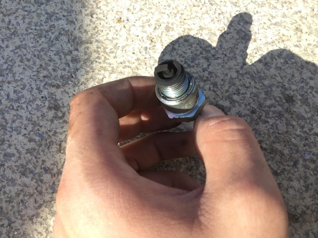 Mi Mobylette no acelera y da golpes de gas 11204910