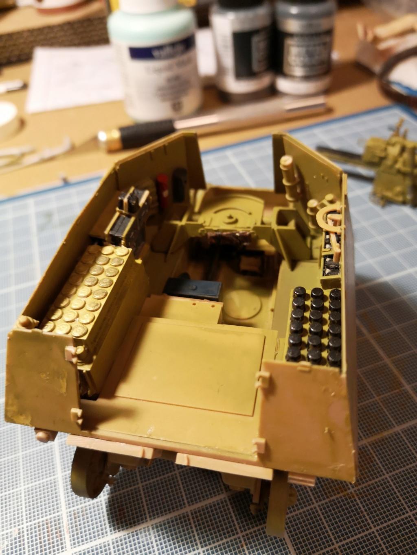 Trumpeter 1/35 Obusier de 105mm sur chassis Hotchkiss H39 (39 H 10.5cm LeFH18(Sf) Img_2011