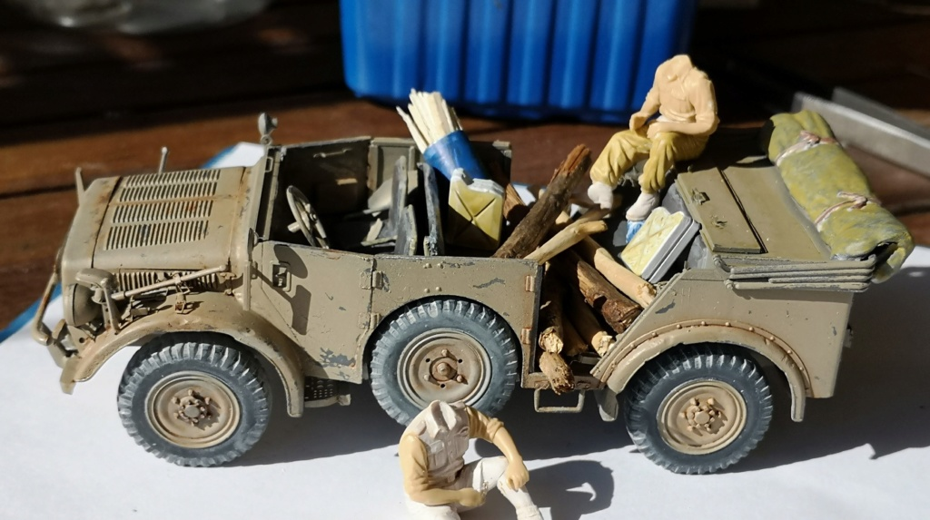 Tamiya Horch 4x4 Type 1A (1/35) + photodecoupe Eduard - Besoin d'aide SVP - Page 2 Img_2043