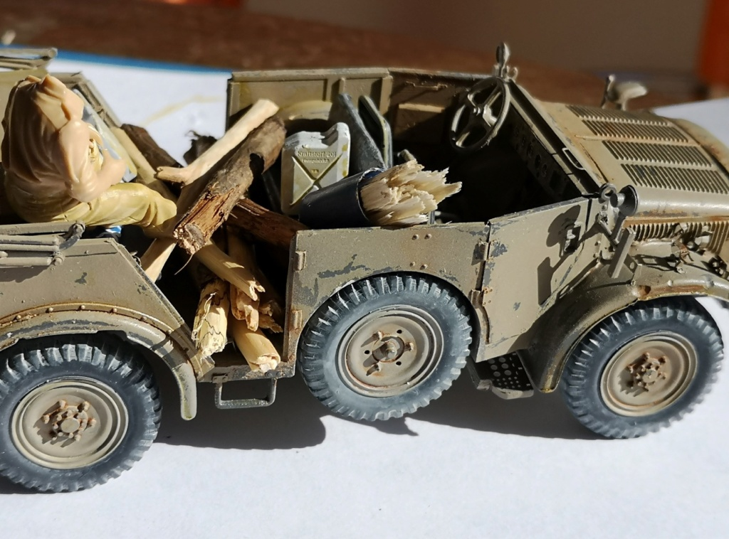Tamiya Horch 4x4 Type 1A (1/35) + photodecoupe Eduard - Besoin d'aide SVP - Page 2 Img_2044