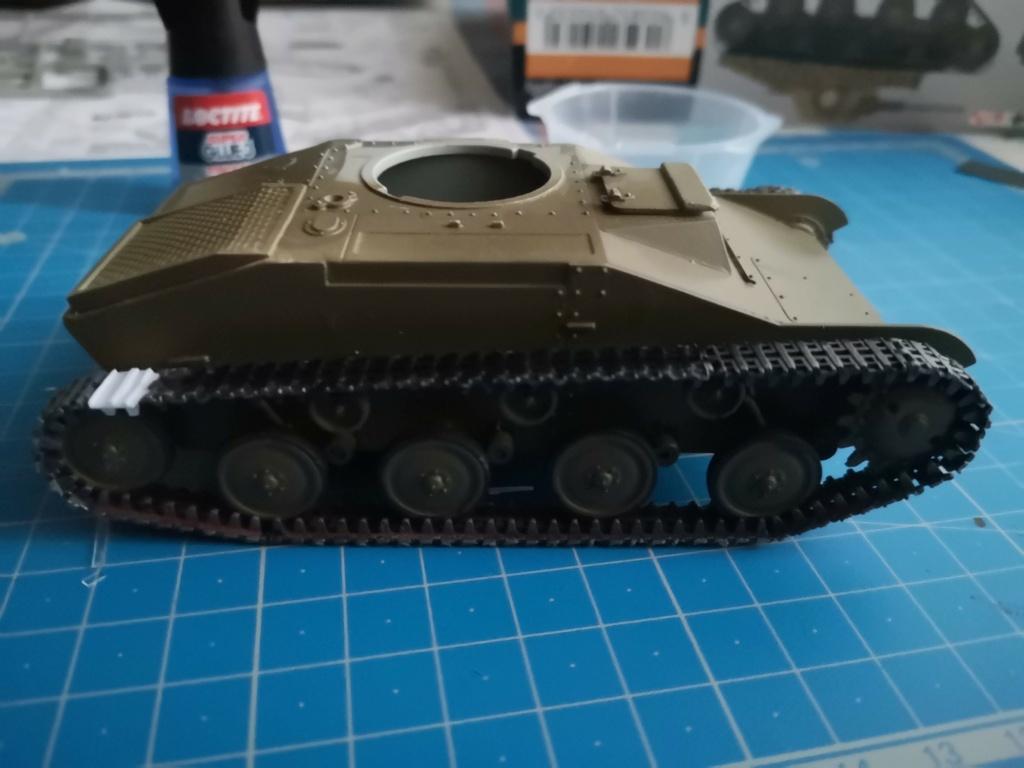 T 60 - Pz.Kpfw. T 60 743 (r) - 1/35- Mister Craft Img_2059