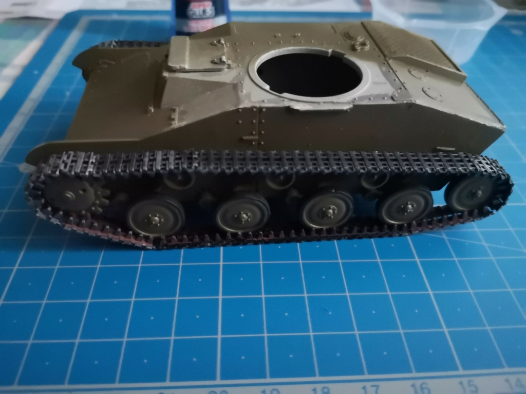 T 60 - Pz.Kpfw. T 60 743 (r) - 1/35- Mister Craft Img_2060