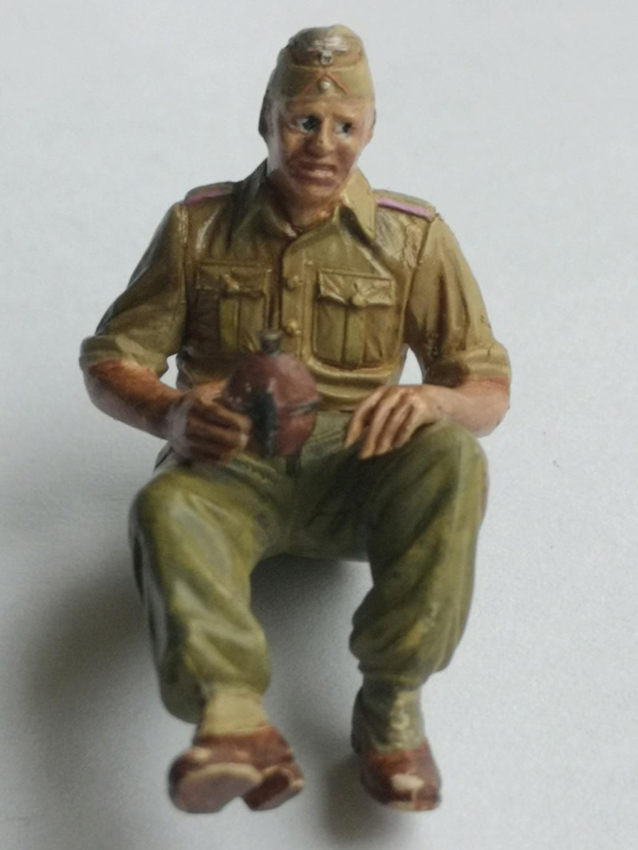 Figurines HobbyBoss 1/35 Equipage de Panzer DAK Img_2170