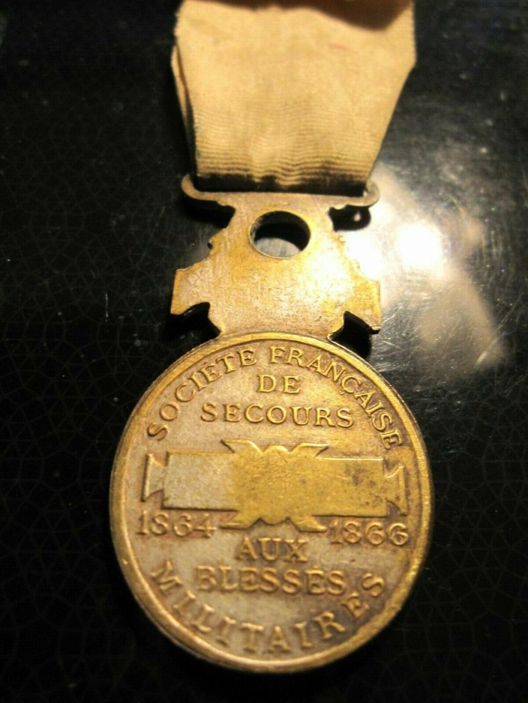 Lot de médailles militaria A10