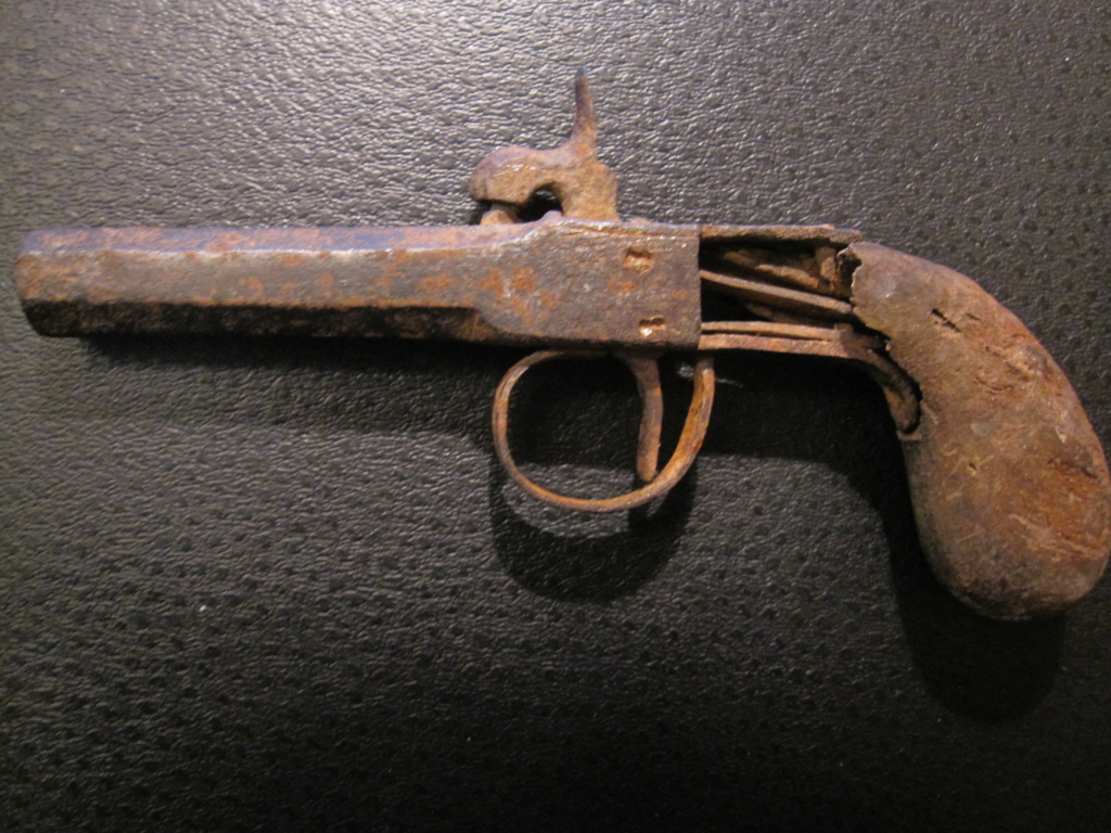 Pistolet d'époque ? Img_6911
