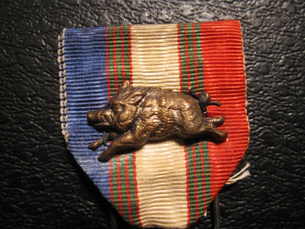 Médaille avec un sanglier Img_6912