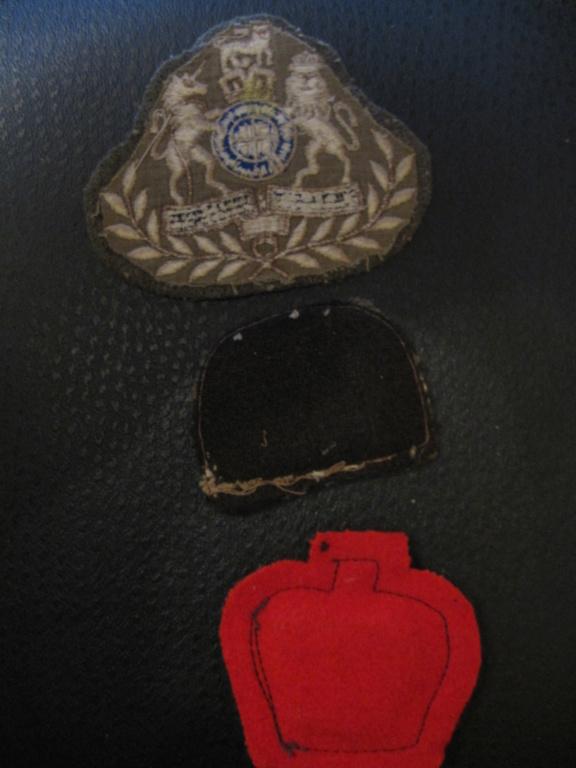 3 insignes tissus anglais Img_8815