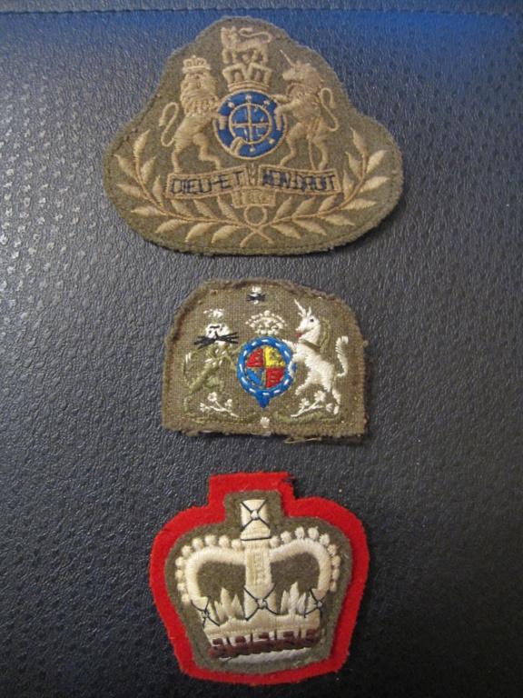 3 insignes tissus anglais Img_8816